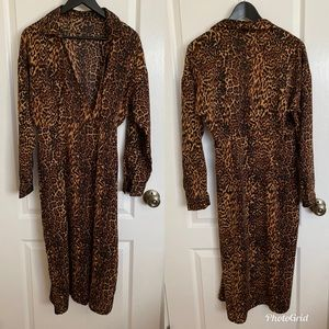 Pretty Little Thing Leopard Dress